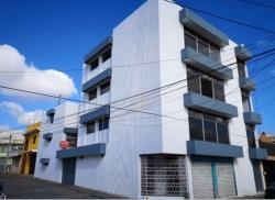 Edificio en venta en zona 5 ideal para sala de ventas