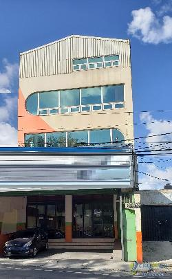 Edificio en Renta en Colonia El Rodeo Zona 7
